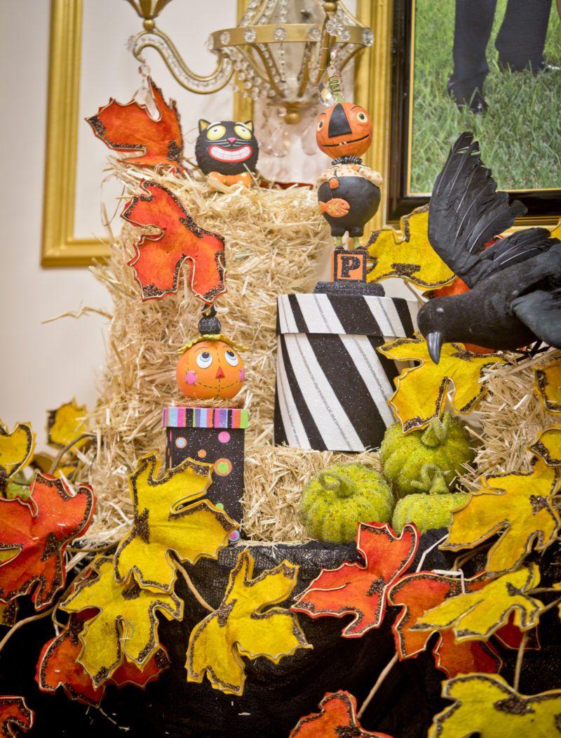 happy halloween decor! come on inside | harvest time | pinterest