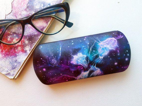 Emerald White Nebulae Glasses Case Eyeglasses Clam Shell Holder Storage Box