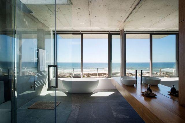Wohnideen Badezimmer Wellness Badewanne Fensterscheibe Rahmenlos