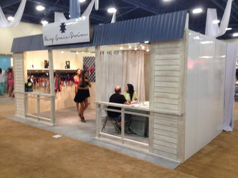 Trade Show Booth Walls : F s boutique looking hard wall trade show booth