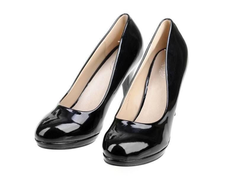 3b1df14a4c2898 Czarne szpilki czółenka lakierki | vinted | Loafers, Shoes i Flats
