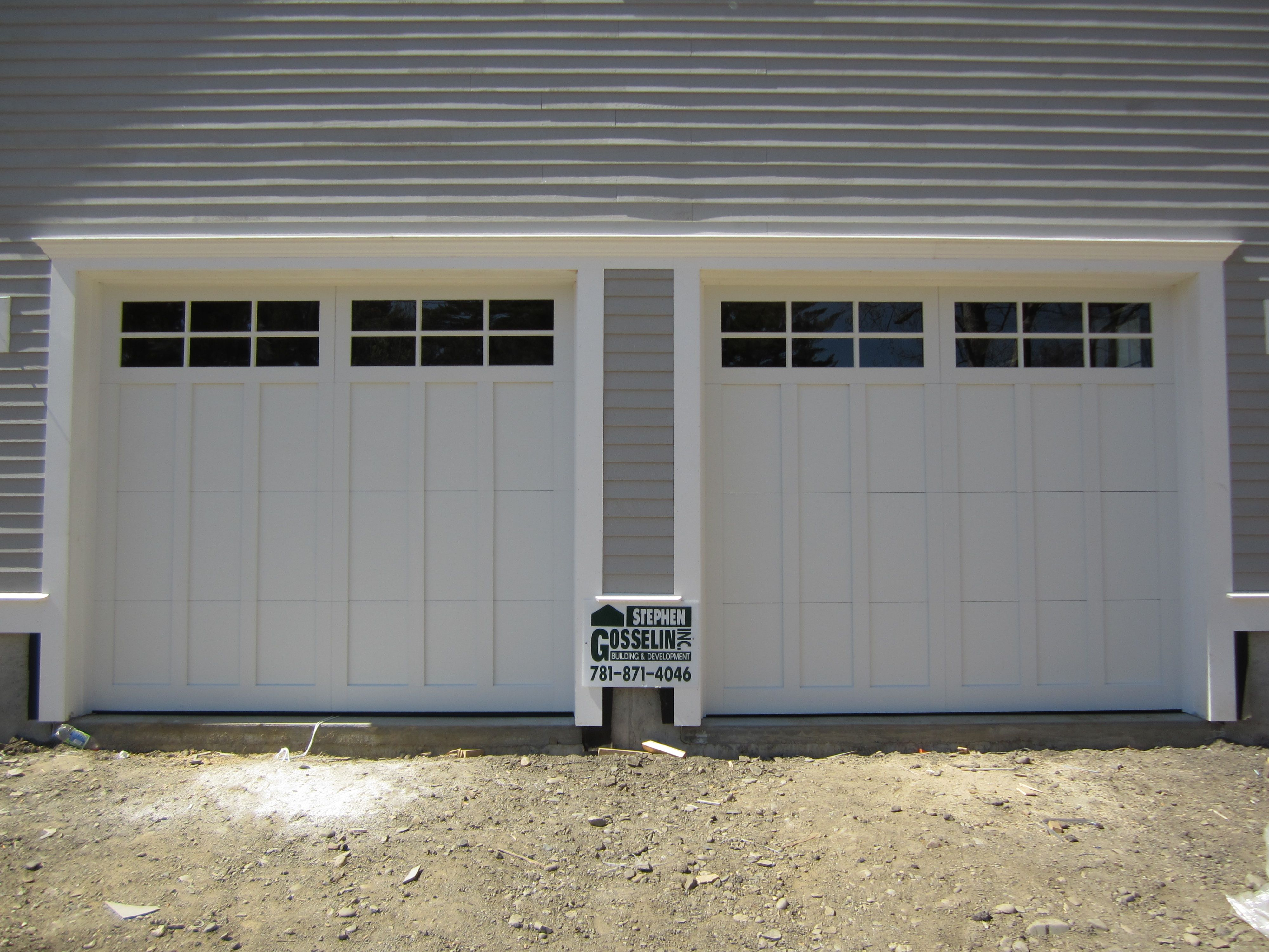 Classica northampton garage door white 9 x 8 no windows -  C H I Overhead Doors Model 5916 Long Panel Steel Carriage House Garage Doors In White Installed By Mortland Overhead Door Mortlanddoor Com Pinterest