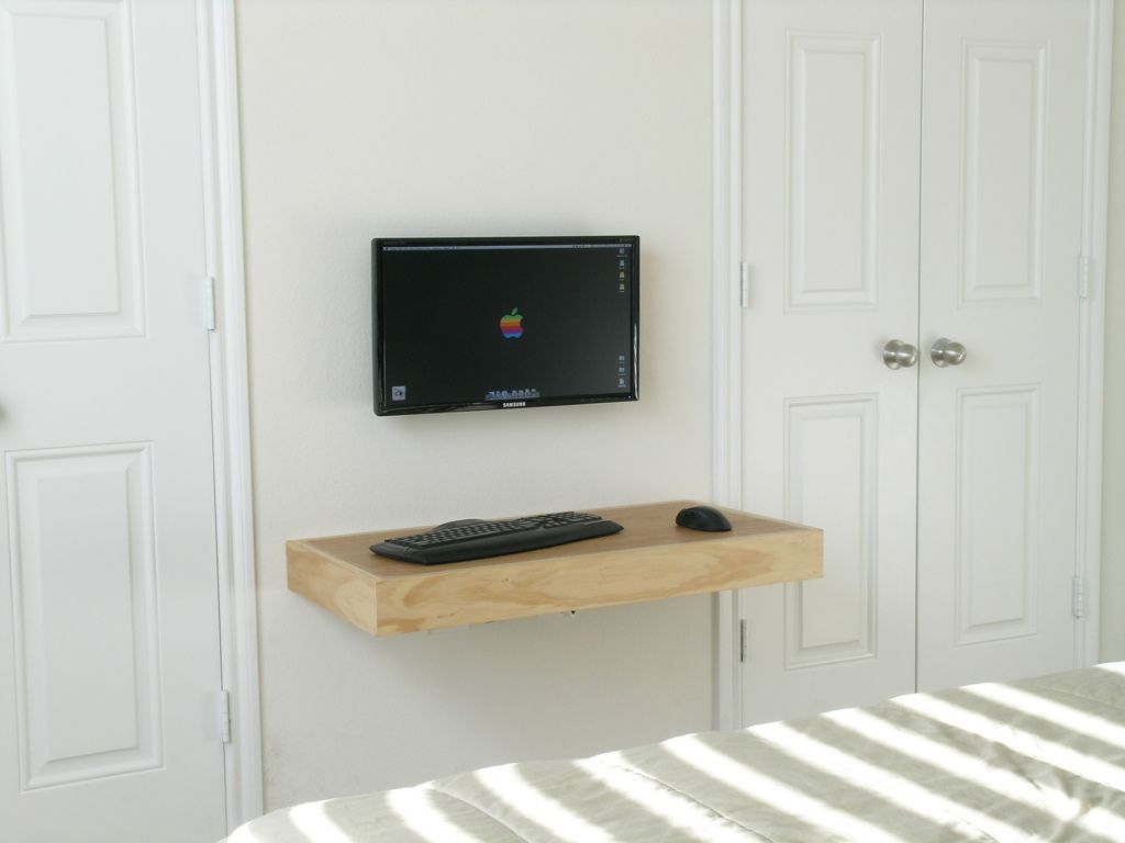 Floating Desk | Floating desk and Small furniture