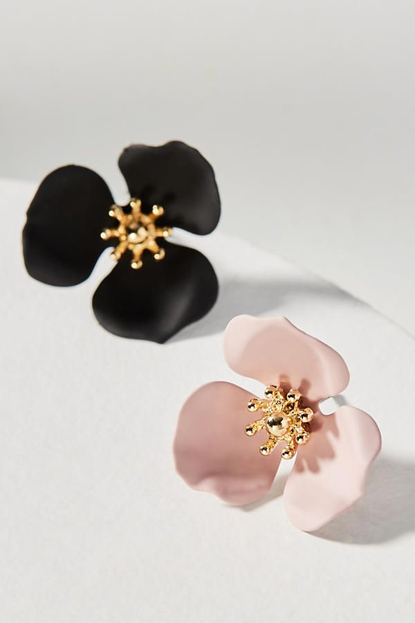 46672448943e Slide View  2  Dogwood Flower Post Earring Set