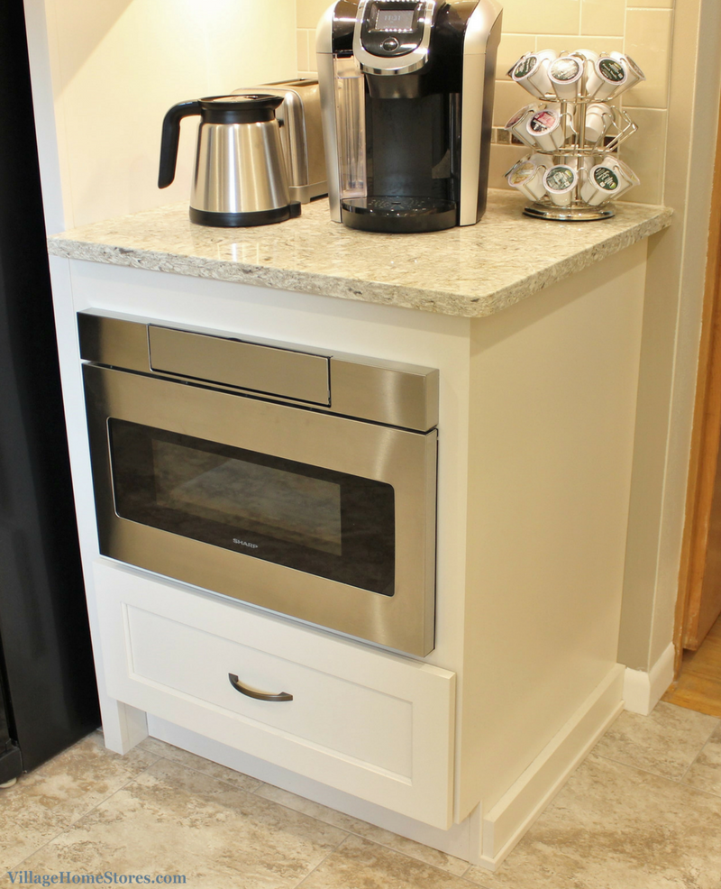 A Rock Island Il Kitchen With Microwave Drawer Below