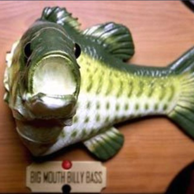 Big mouth billy bass singing fish sings don 39 t worry be for Talking bass fish