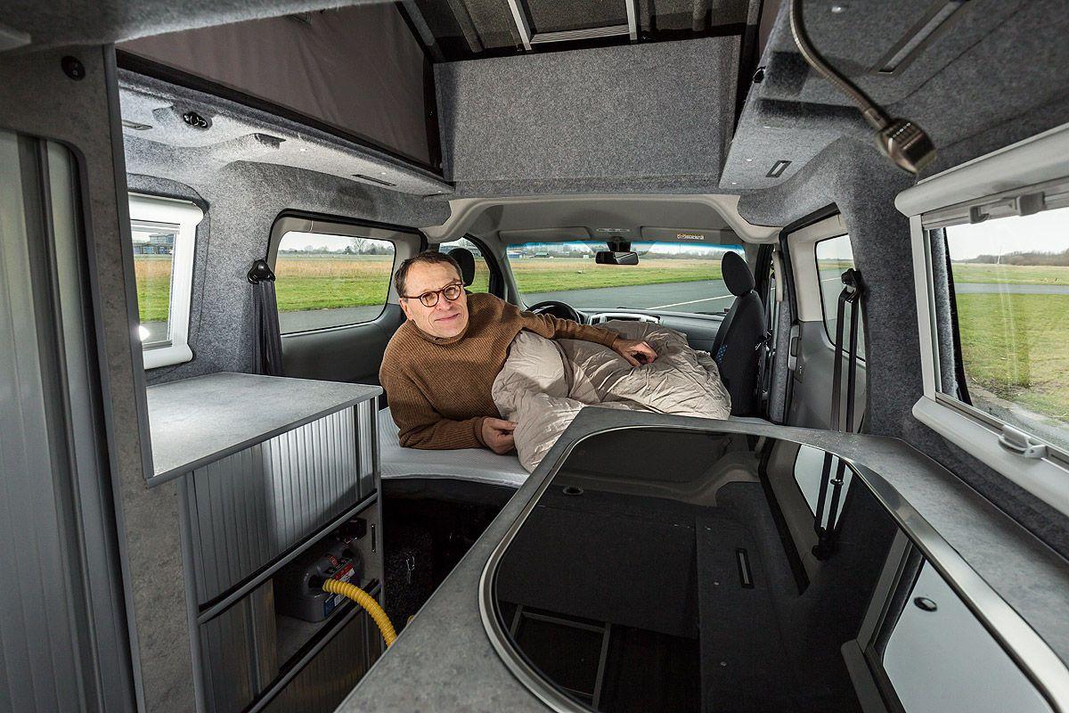 nissan nv200 als wohnmobil test nv200 camper nissan. Black Bedroom Furniture Sets. Home Design Ideas