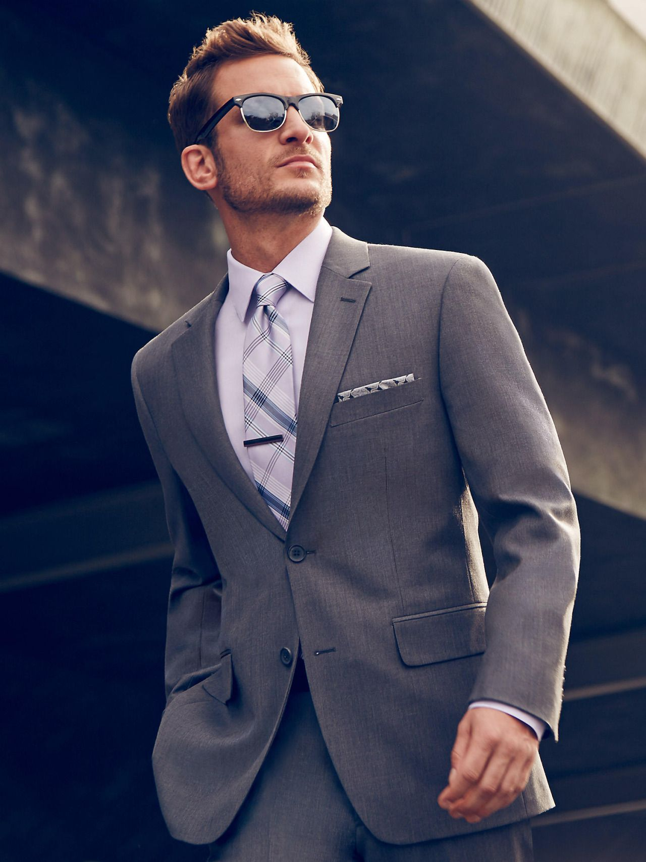 Definitive male look ahead suit pronto uomo modern fit
