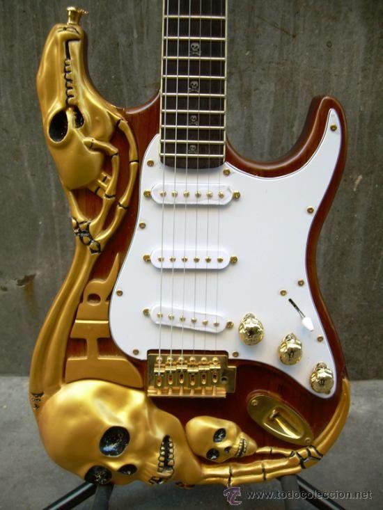 Guitarras el ctricas raras guitars instruments and for Luthier guitarra electrica