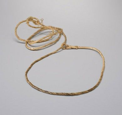 http://www.historymuseum.ca/gwichin/artifacts/caribou-snare/