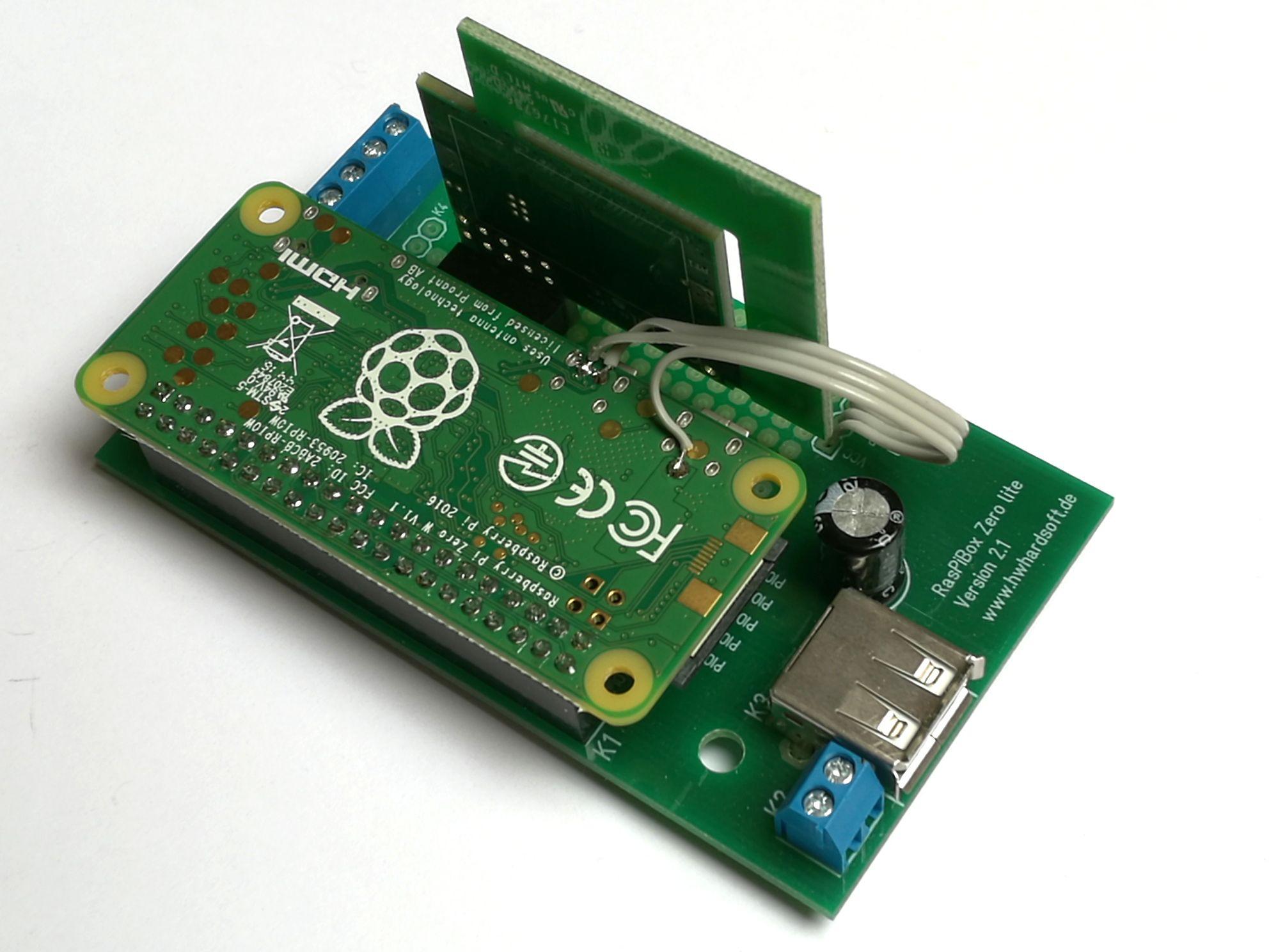 PiZero din rail enclosure with mounted Razberry Z-wave wireless