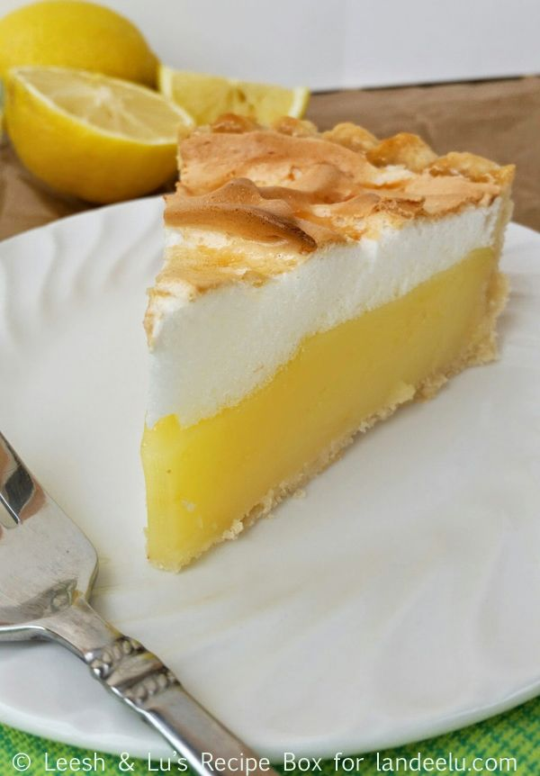 Classic Lemon Meringue Pie - landeelu.com