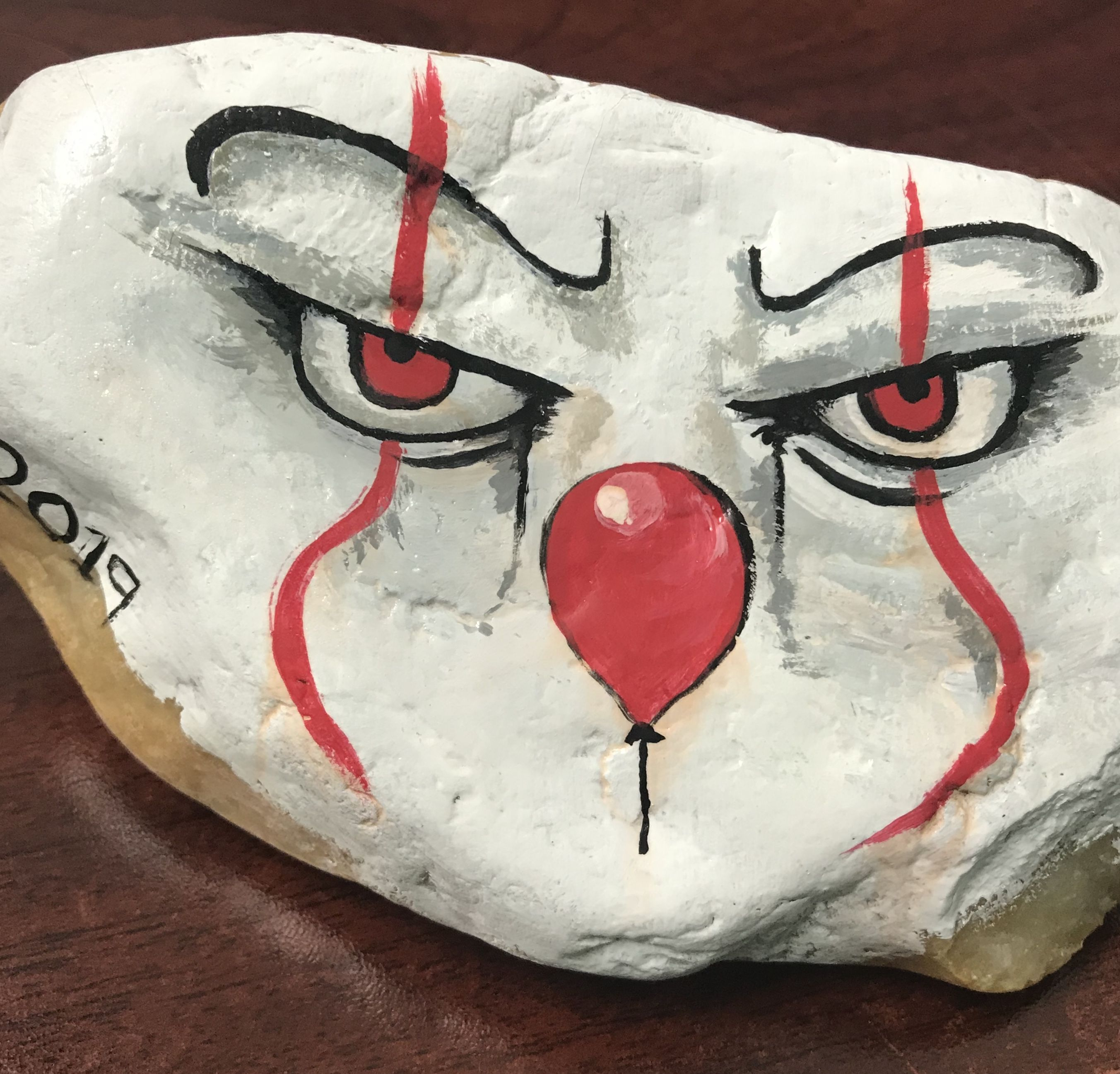 Halloween Pennywise Painted Rock Painted Rocks Rock Painting Designs Rock Painting Art