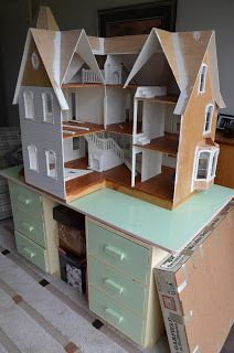 Putting up Cardboard Weatherboards on my Doll House