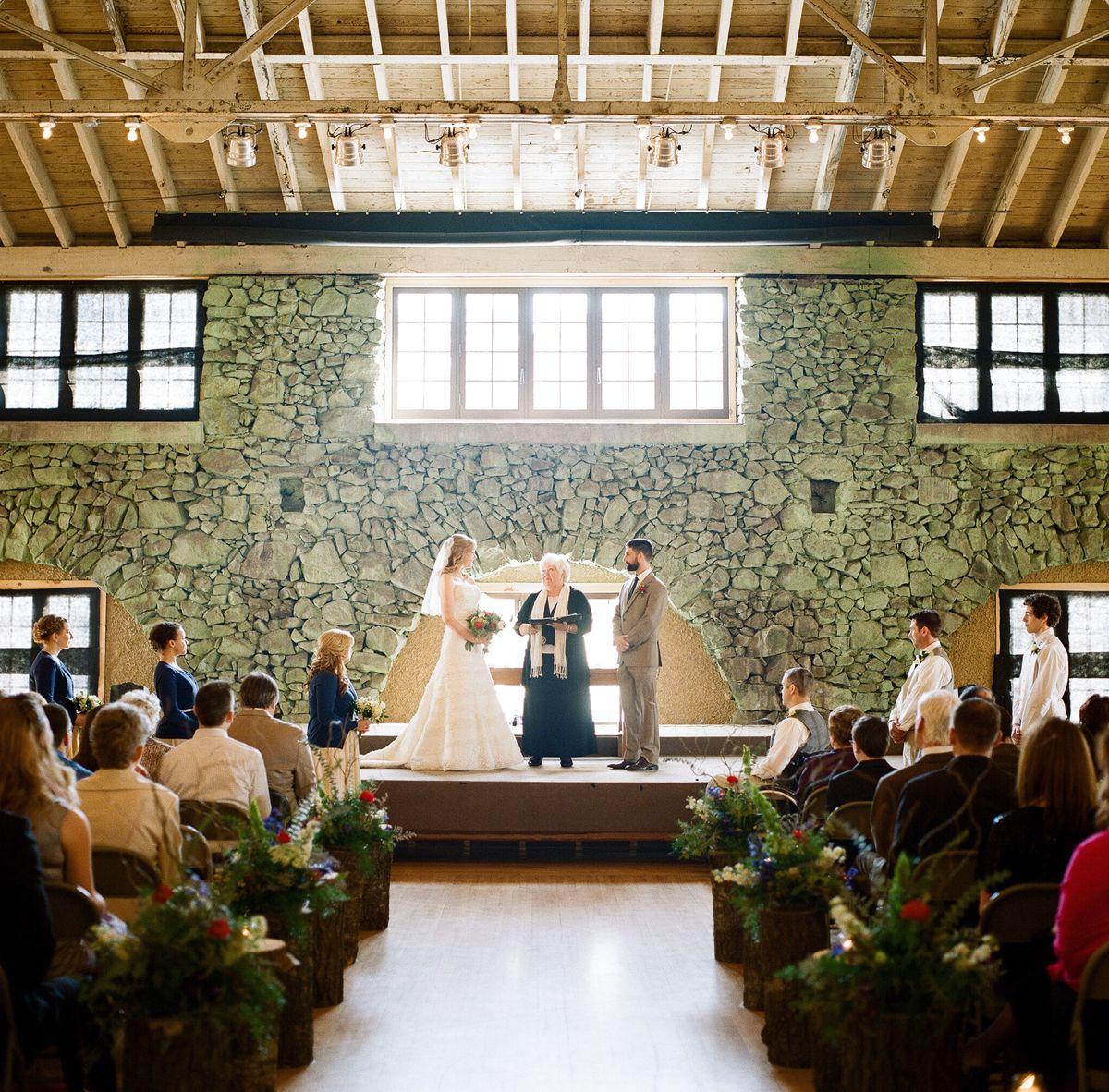 ROTHSCHILD PAVILION WEDDING IN WAUSAU Photos By The McCartneys Photography Meetthemccartneys Flowers