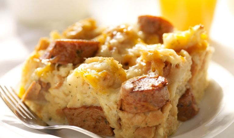 Breakfast Casserole 1 Loaf Tj S Crusty French Bread Torn Into Pieces 6 Tj S Eggs 1