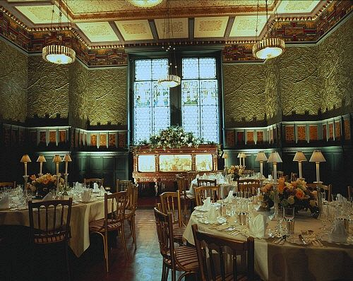 The Green Dining Room At The Victoria & Albert Museum
