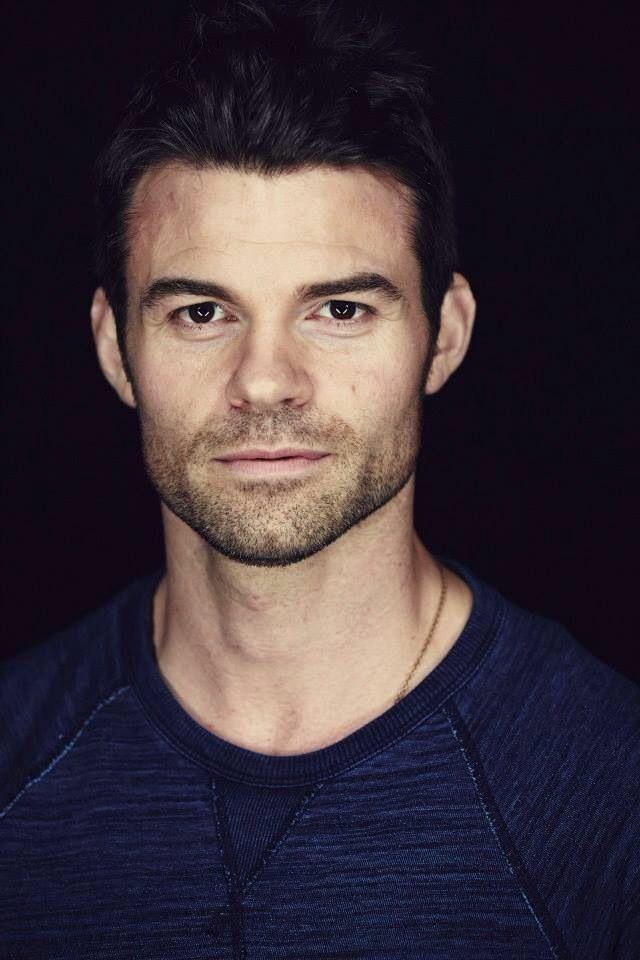 Can this guy be any HOTTER?!? Daniel Gillies vampire diaries & The Originals