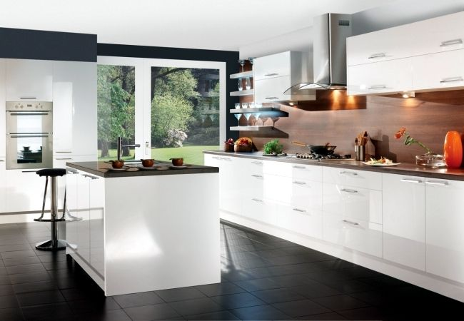 Modern High Gloss Kitchen In White 20 Dream Kitchens With High Gloss Fronts White Modern Kitchen Contemporary Kitchen Cabinets Turquoise Kitchen Cabinets