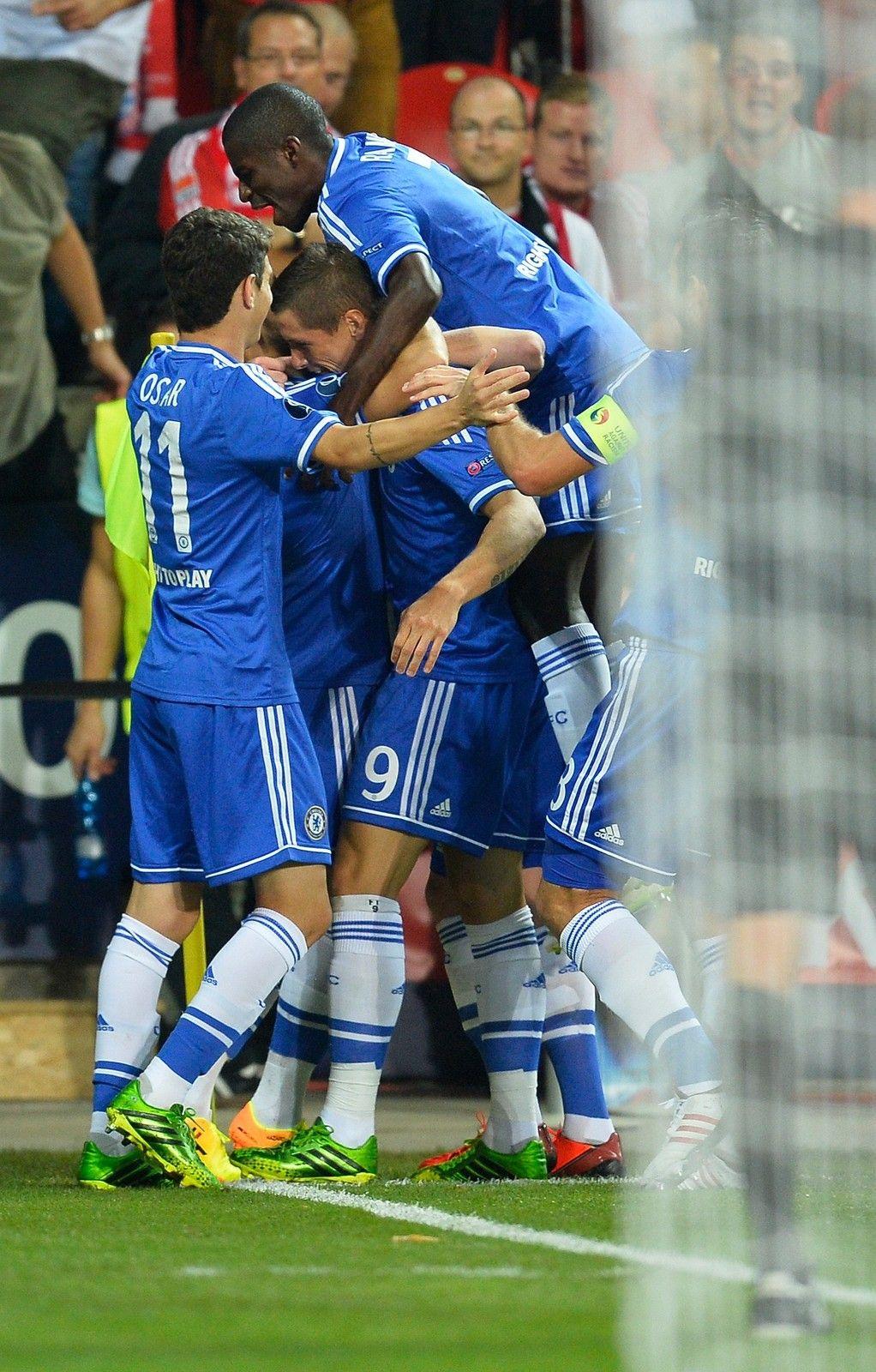 Torres goal celebrations Eden Hazard Ramires Oscar Lampard and