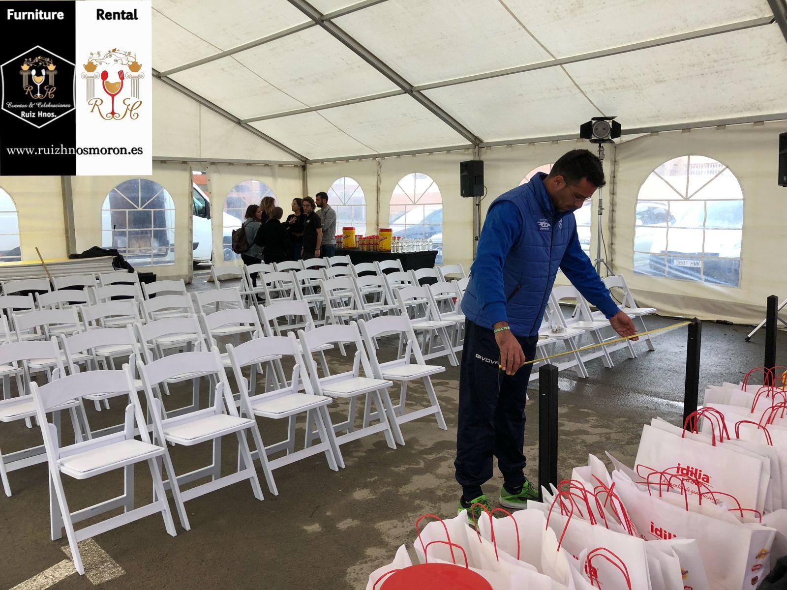 Evento Promovido Porcolacao En Plegables El De Sillas Para Montaje 34L5AqRjc