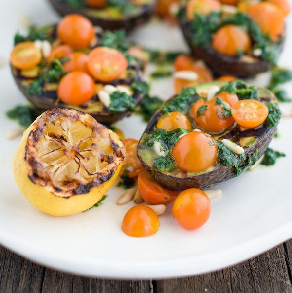 Grelhado Abacate com ervas e tomates cereja | 39 Salads To Make On The Grill