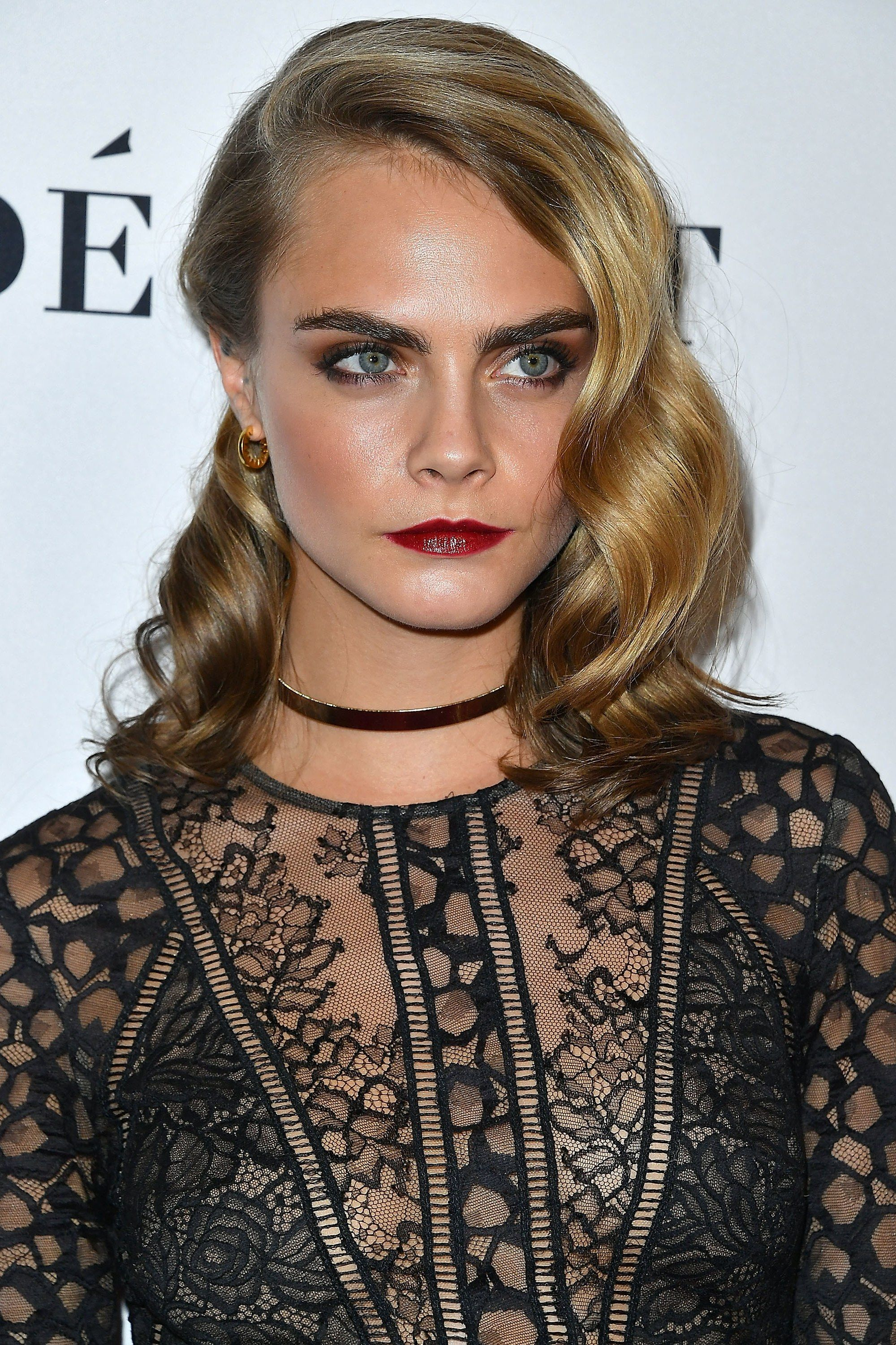 13 Actresses Who Should Totally Play The Little Mermaid Cara Delevingne Cara Delevingne Hair Short Hair Styles Pixie