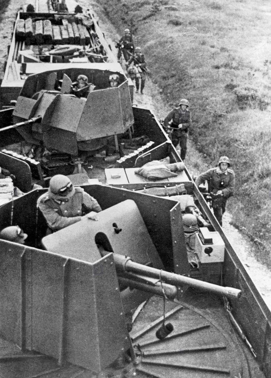 German armored train on the Eastern Front, 1941 Railway
