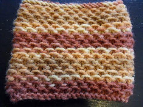 Tricoter un snood/tour de cou au point d\'étamine - YouTube   tricot ...