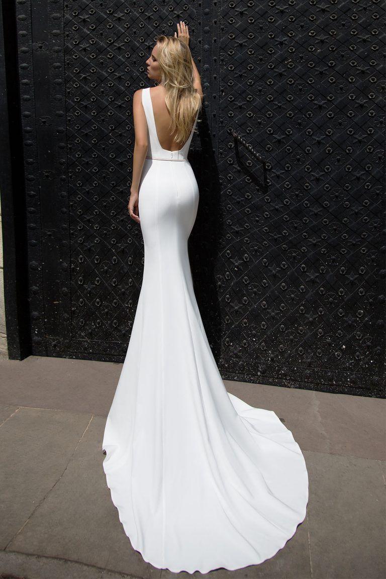 Robe de mariée glamour \u2013 Création Orli (dos)