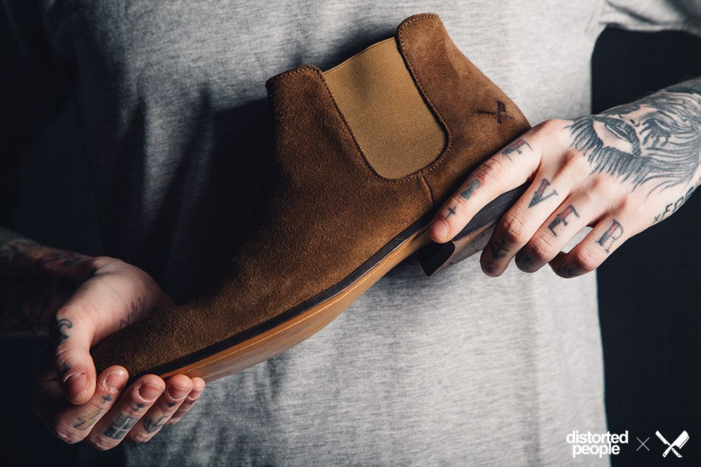 Chelsea Boots in brown!