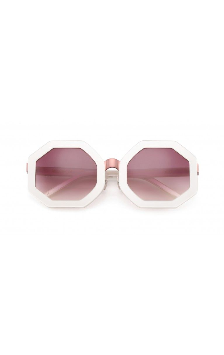 b667fe5d0c5 Channel your favorite fashion blogger in our limited edition frame ...
