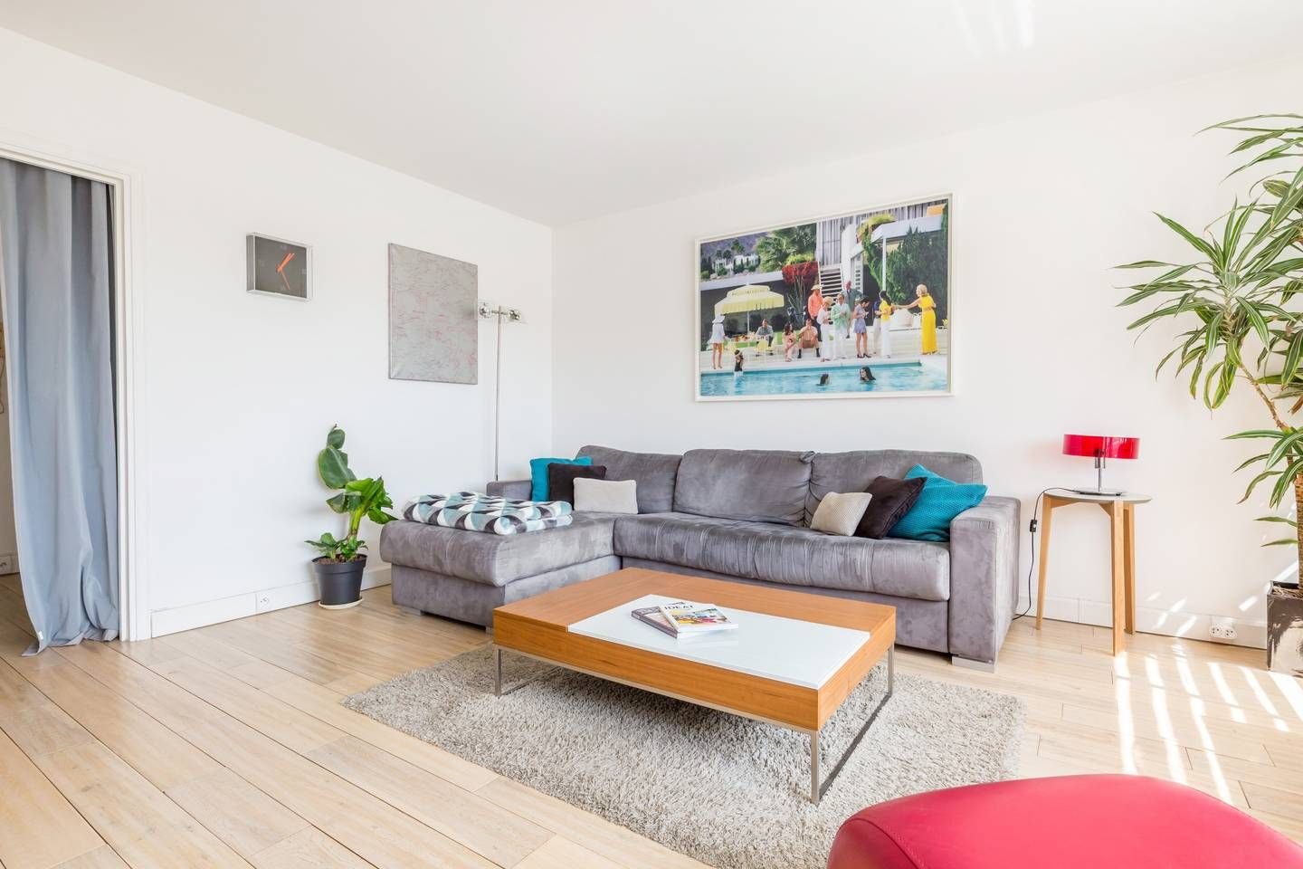 Nice Flat C St Martin With Pool Apartments For Rent In Paris Île De France