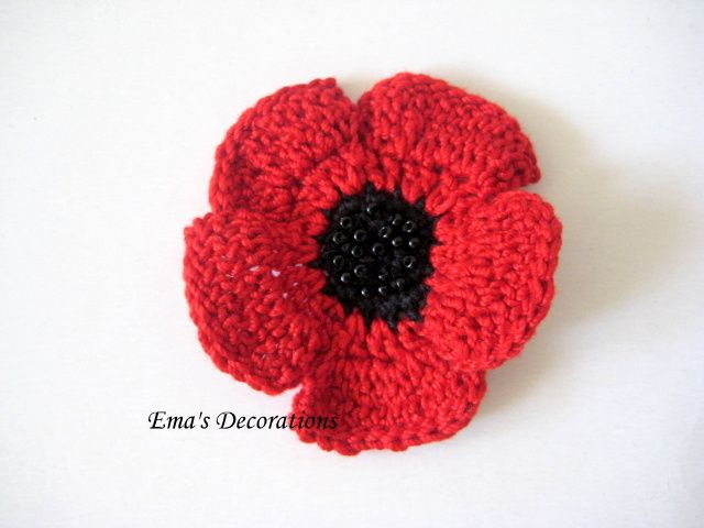 Red Poppy Brooch pattern by Ema Patrichi | Mohnblume, Wolle und ...