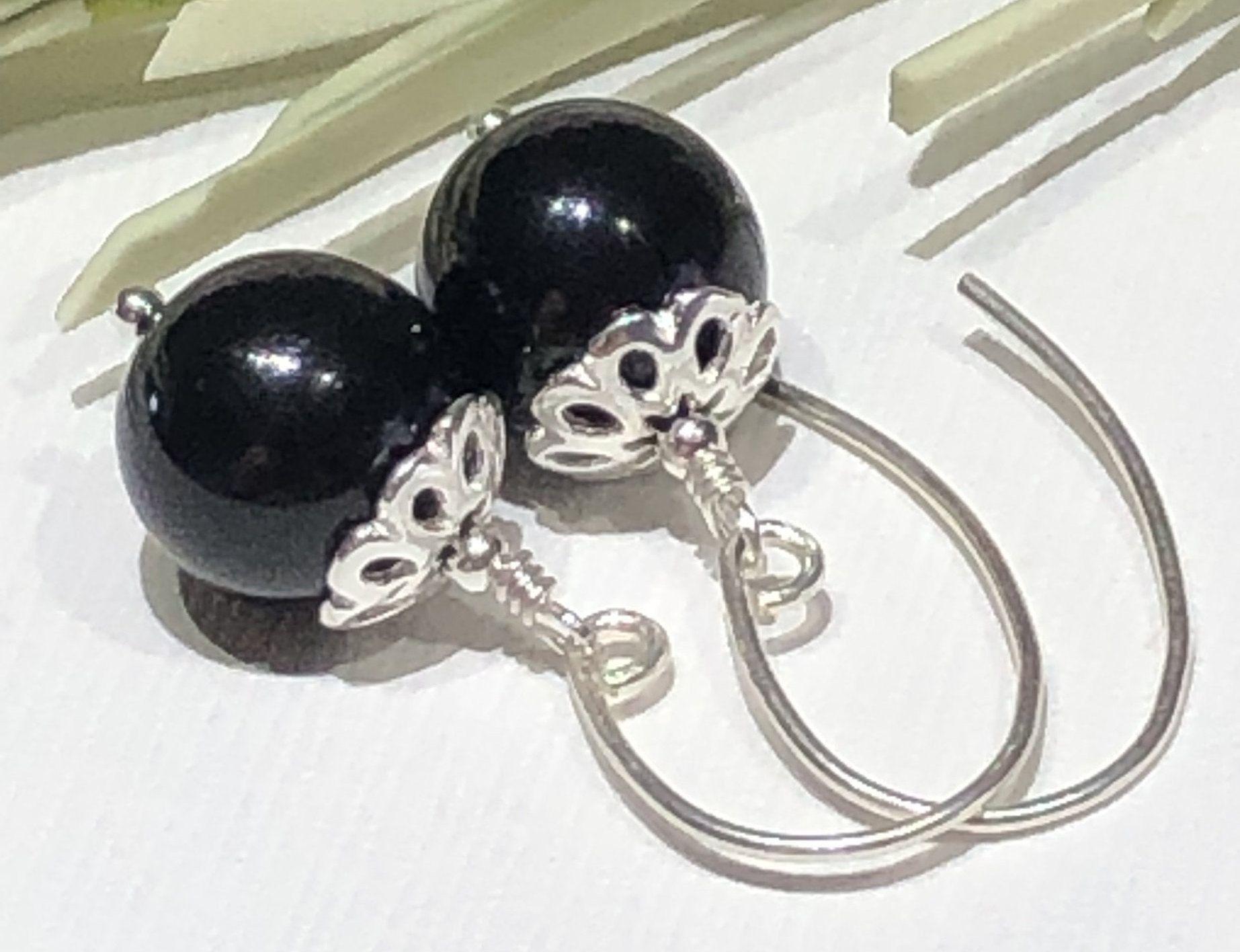 Earrings Black Pearl Earrings 10mm Swarovski Jet Ebony Black Etsy Black Pearl Earrings Handcrafted Beaded Jewelry Classic Pearls
