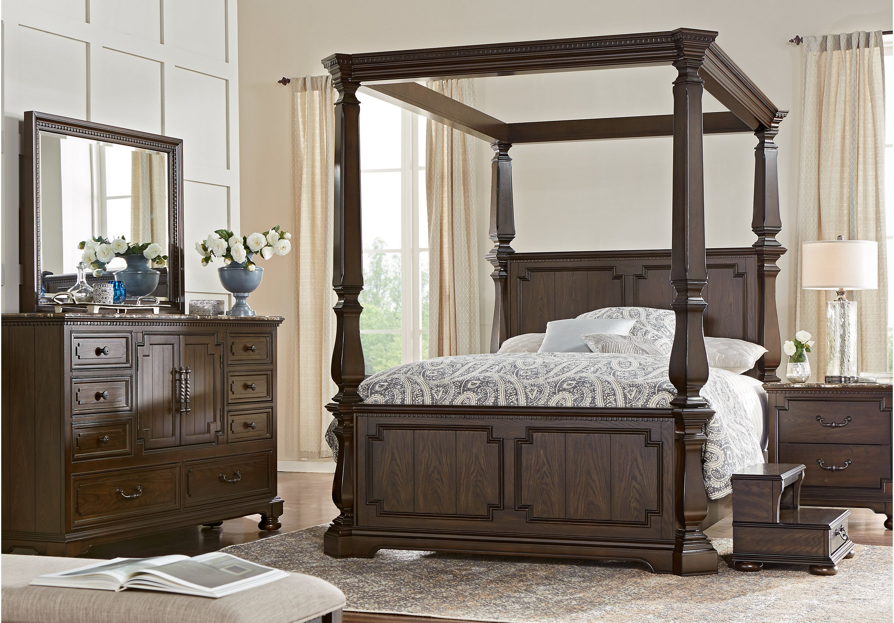 royal design canopy bedroom q ashley set group by number item signature products queen evanni