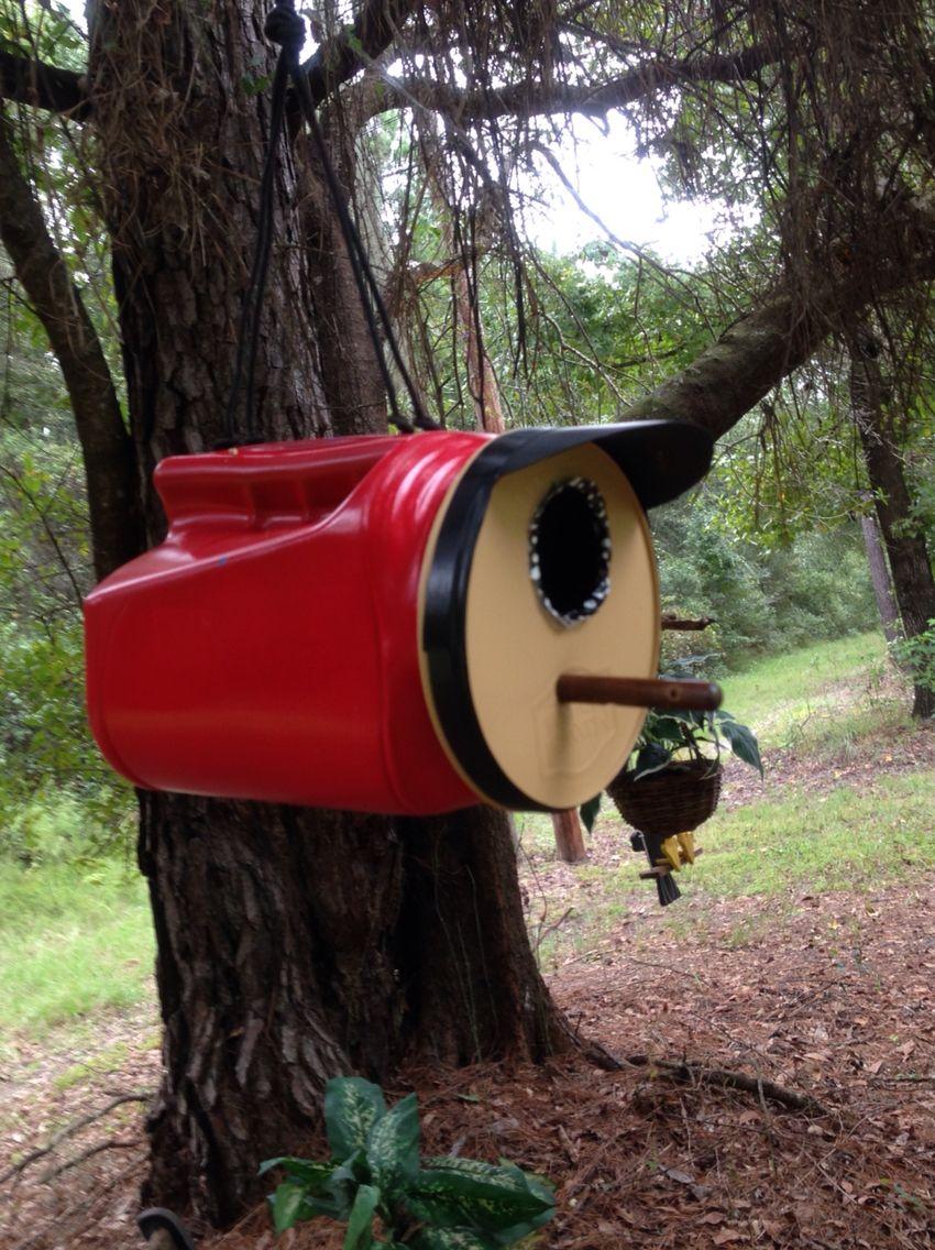 Coffee Can Birdhouse Garden Art Crafts Garden Birdhouses Wooden Bird Feeders