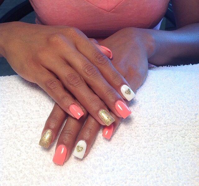 Coral nails, gold, glitter, hearts Nails by Lynn | Nail art ...
