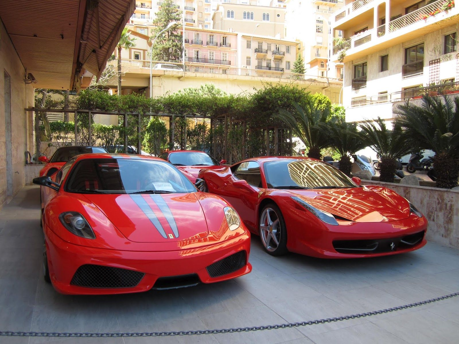 Where d i park my ferrari monaco country and more france