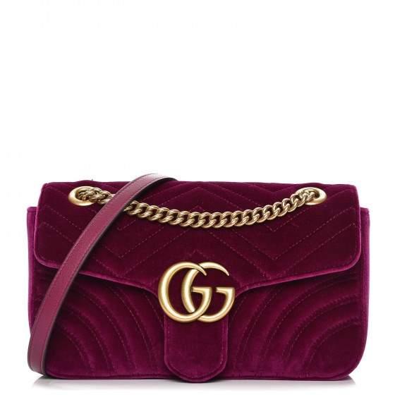 e8fa16817 Gucci Marmont Crossbody Matelasse GG Small Rubin   Products in 2019 ...