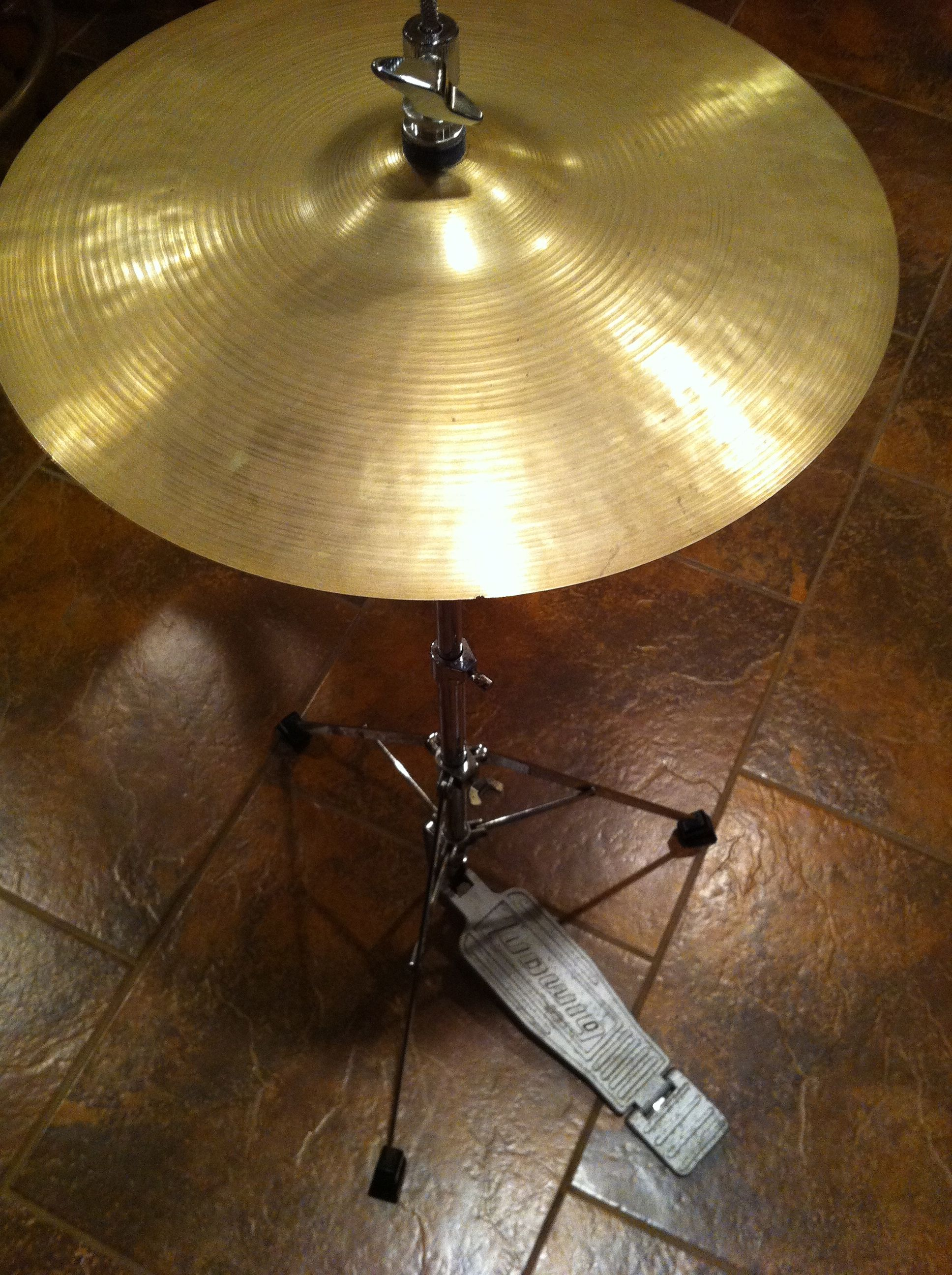1966 Ludwig Hi Hat Stand With 14 Vintage Zildjien Avedis Cymbals Vintage Drums Ludwig Drums Vintage