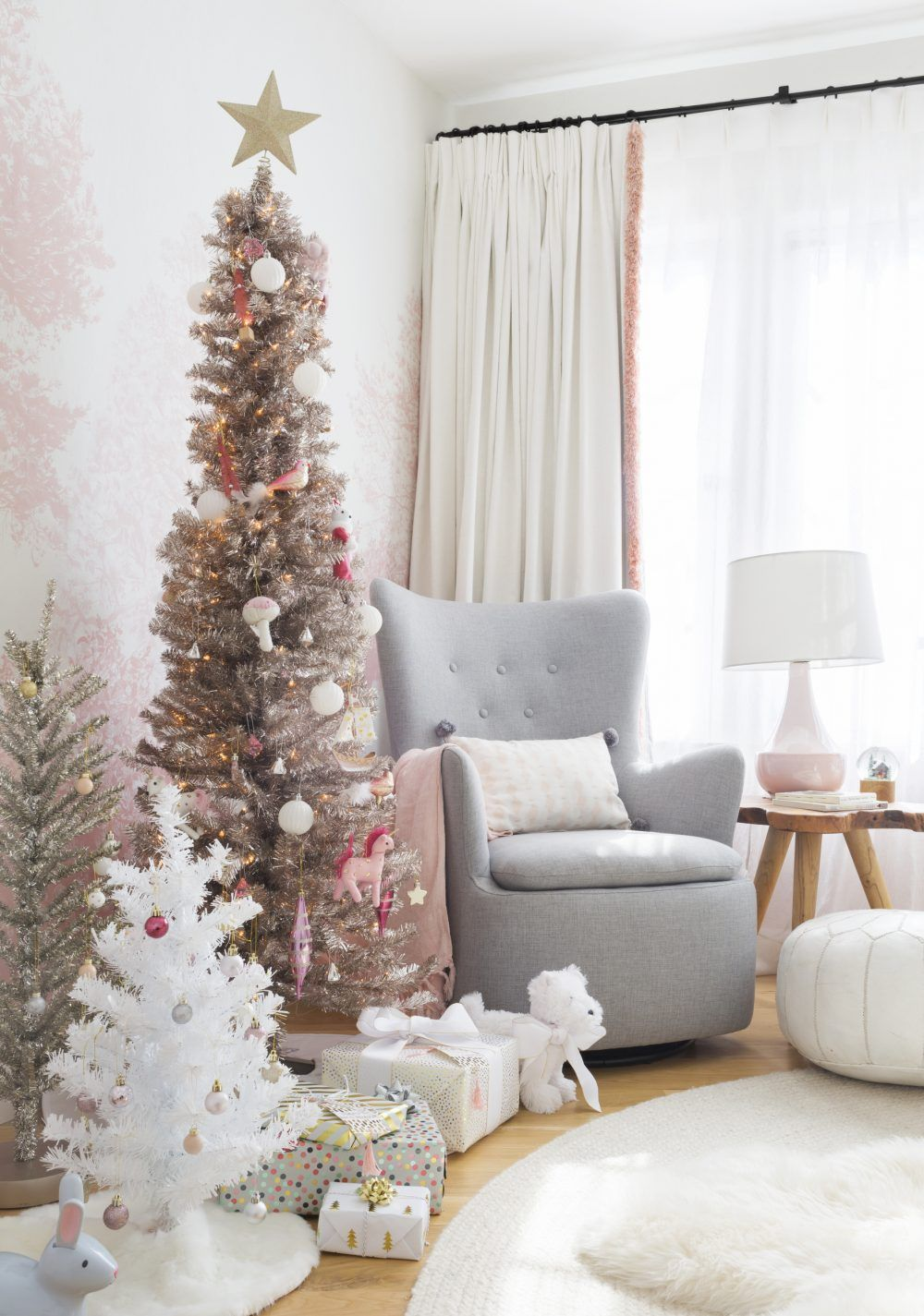 Blush pink and rose gold christmas decorations ideas - Blush pink christmas decorations ...