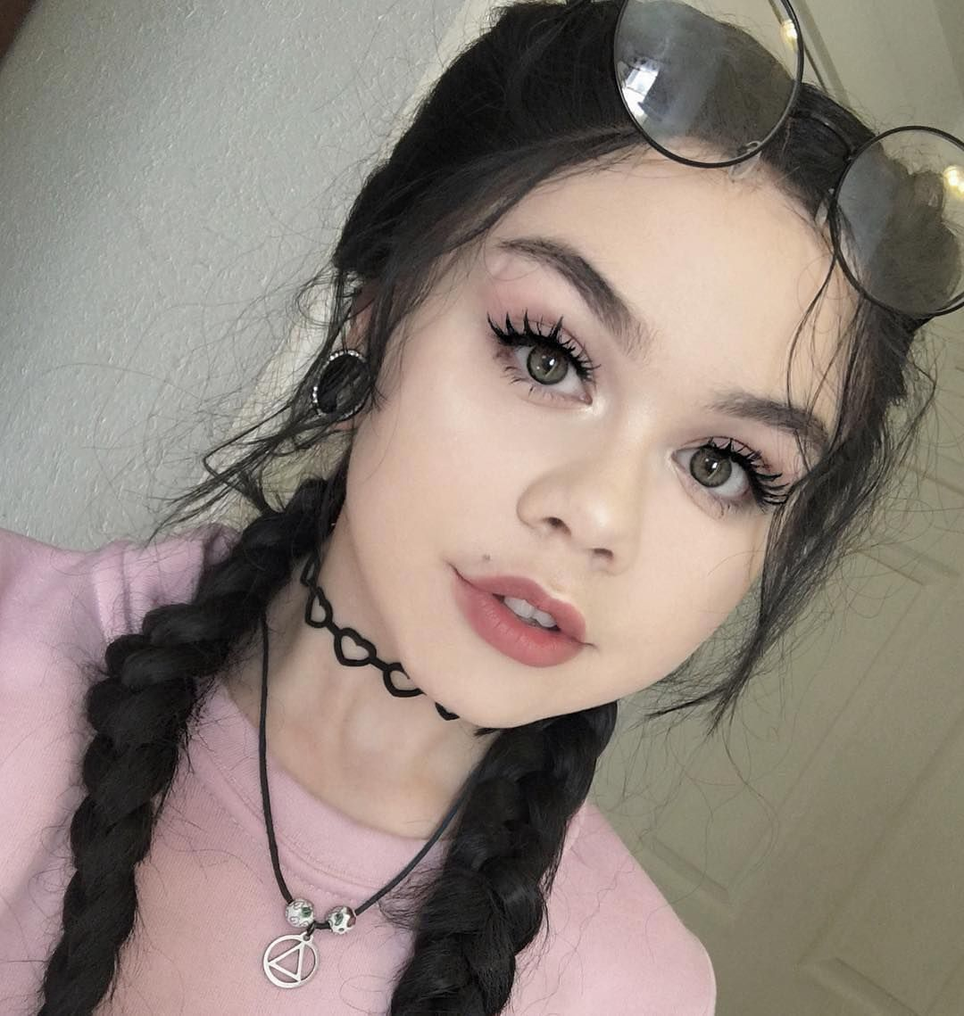 Check out the black synthetic braided wig rocked by sweet babe check out the black synthetic braided wig rocked by sweet babe sugoimeg do you want fandeluxe Gallery