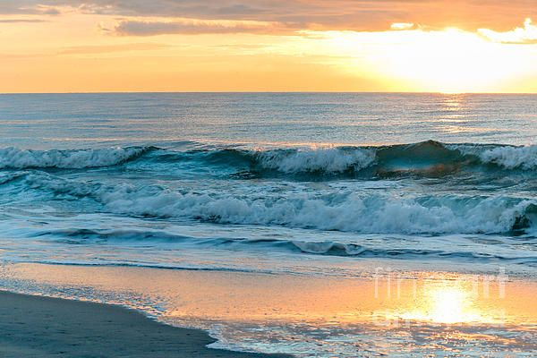 Atlantic Ocean Sunrise Myrtle Beach By Dj Laughlin Beach Art Myrtle Beach Atlantic Ocean