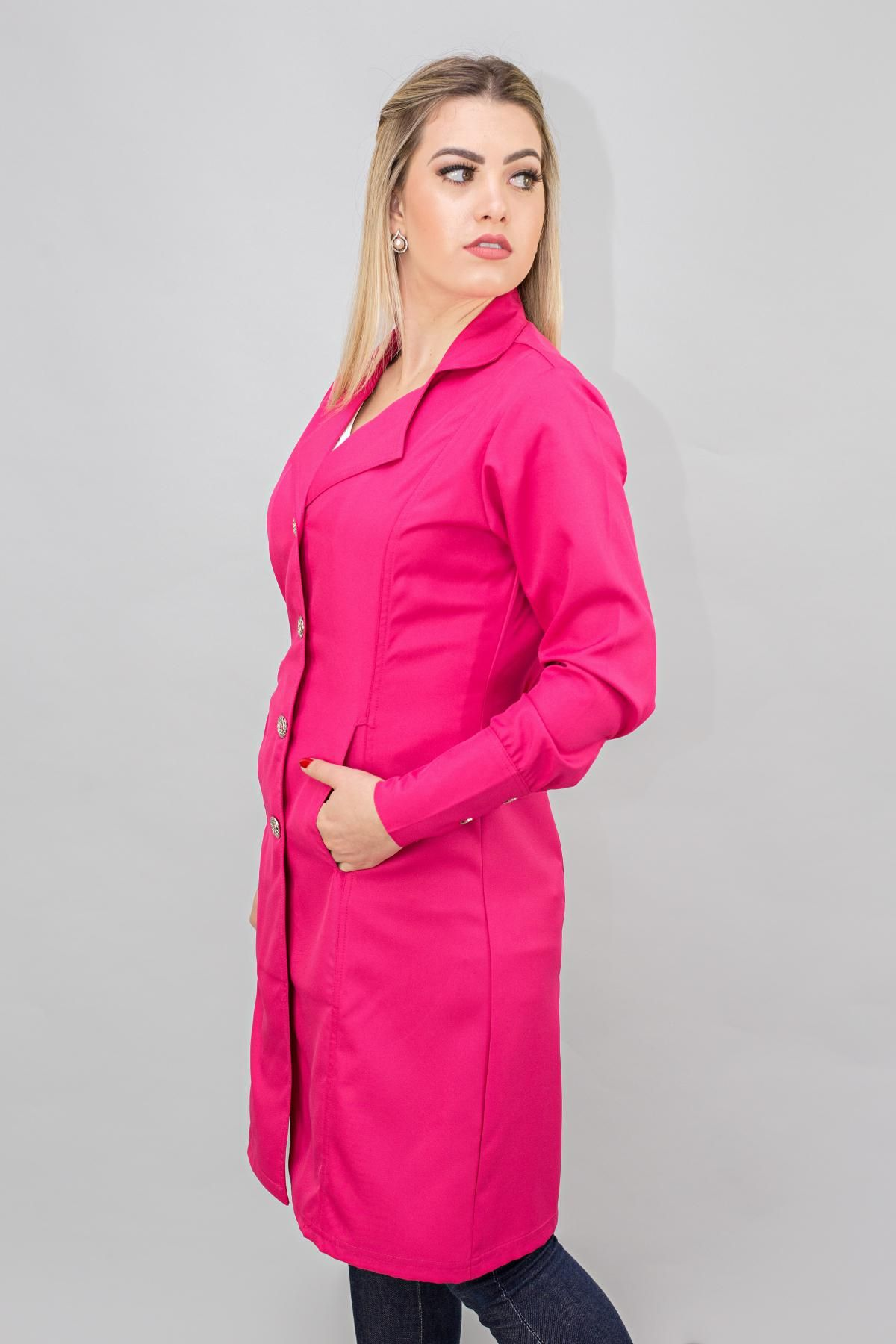2b26493bc6 Jaleco feminino branco em gabardine Premium na cor Pink