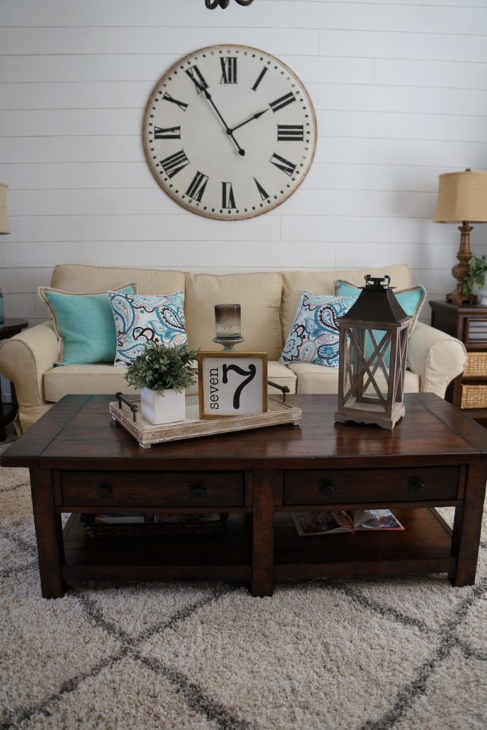 Home Makeover, blending farmhouse and traditional decor for FABULOUS