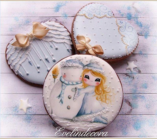 CORSO biscotti decorati con ghiaccia reale ❄️ MILANO Sabato 17 dicembre info@letscake.it 3407174560  #evelindecora #letscakemilano @giusispina7 #biscotti #biscottinatalizi #corso #ghiacciareale #cookieart #cookiedecorating #cookielove #icingcookies #royalicingcookies #royalicing #christmascookies #wintercookies #snowmancookie #natale2016 #instacookies #decoratedcookies #sugarcookies #decoratedsugarcookies #handpaintedcookies #brushembroidery #gingerbreadcookies