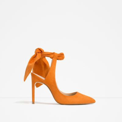 Buty Na Obcasie Z Odkryta Pieta I Kokarda Zobacz Wiecej Buty Kobieta Heels High Heel Shoes Women Shoes