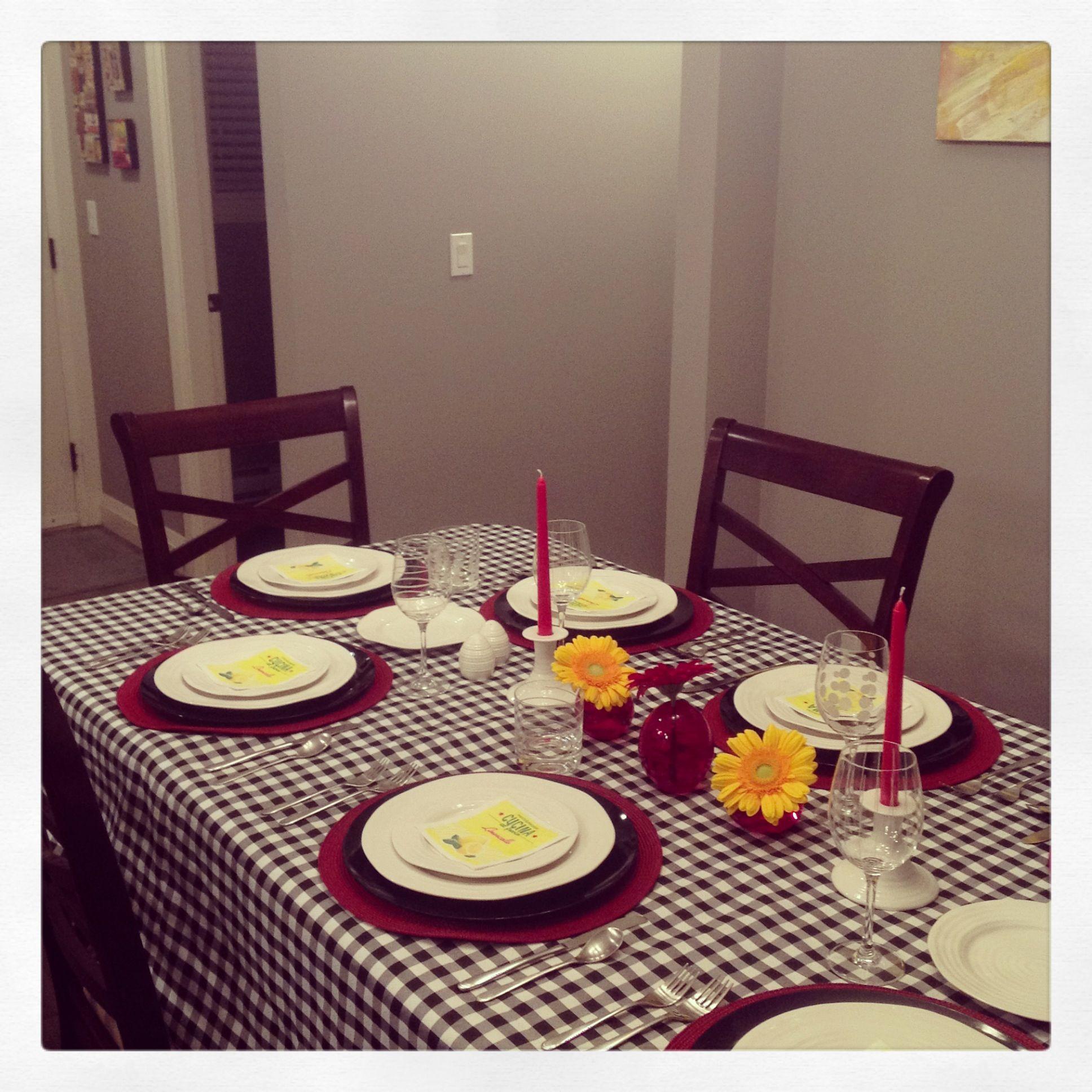 Italian themed dinner party table setting | Une Petite Fête ...