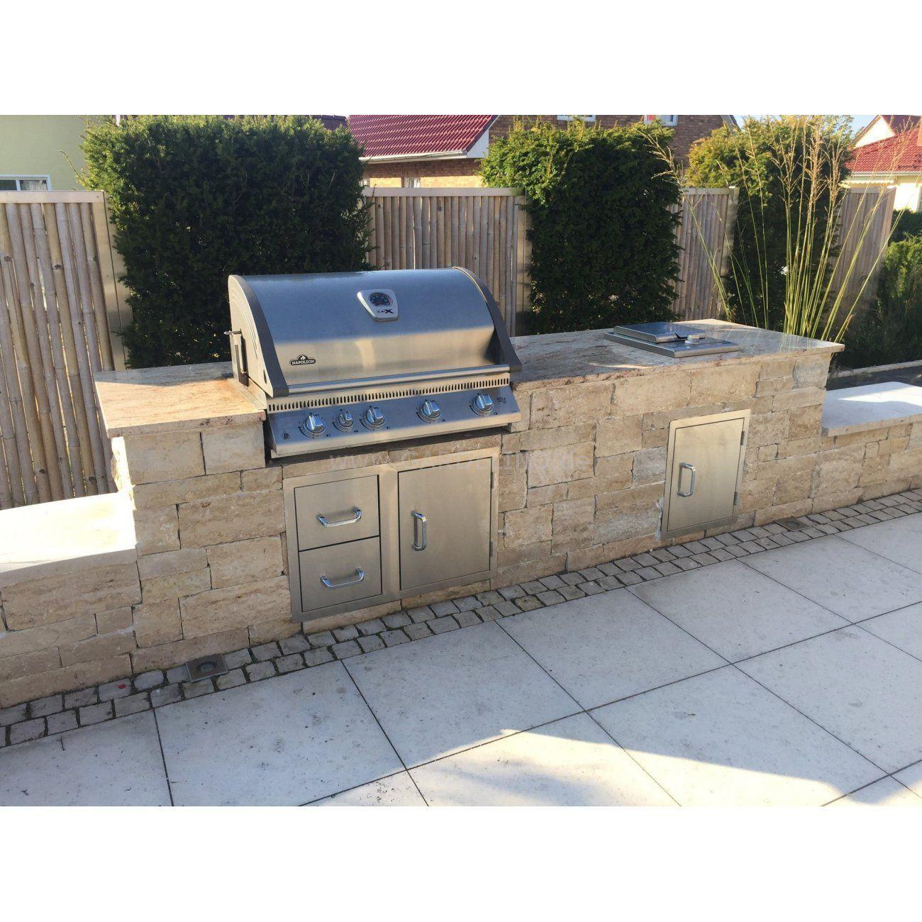 Außenküche mit Napoleon BILEX605 Einbaugrill mit Naturstein und ...